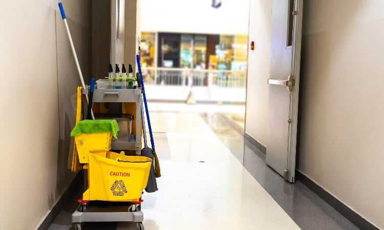How Cleaning Equipment Should Be Cleaned And Stored