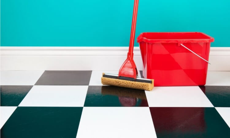 How To Clean Sponge Mop To Eliminate Floor Streaks And Stains
