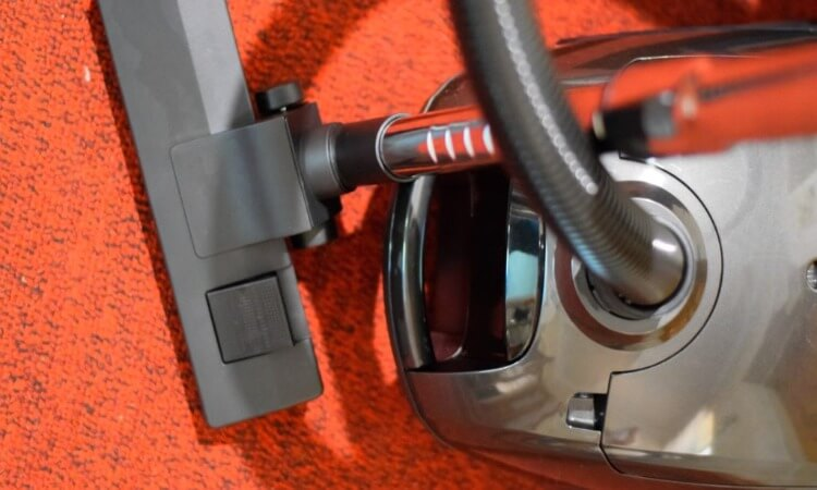 How To Hide A Vacuum Cleaner: Tips For Storage