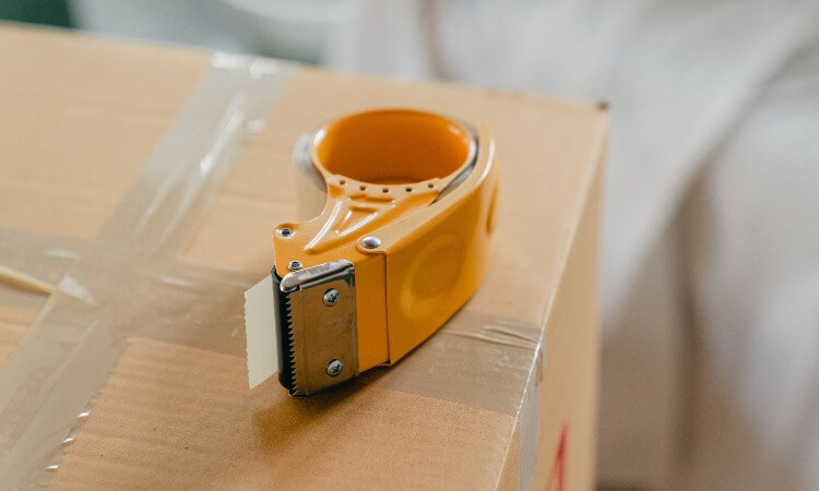 How To Load A Packing Tape Dispenser: A Step-By-Step Guide