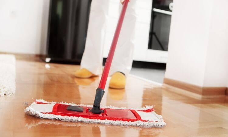 How To Mop Laminate Floors: Tricks Revealed