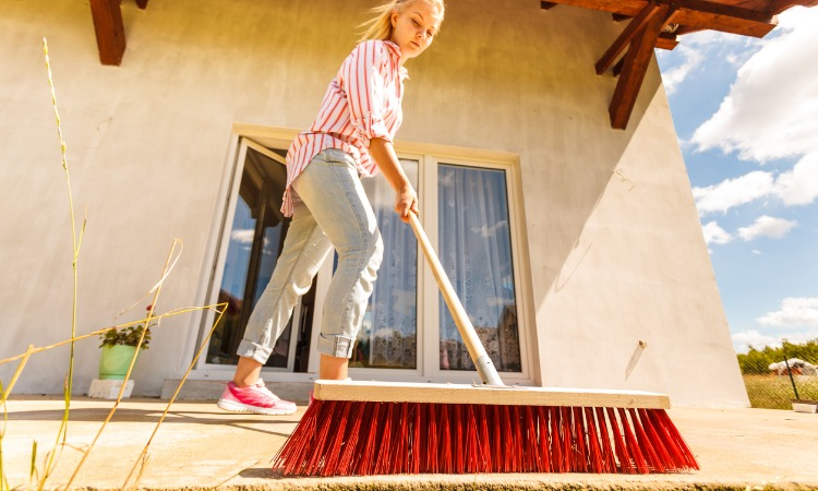 Best Angle Brooms For Hard to Reach Areas
