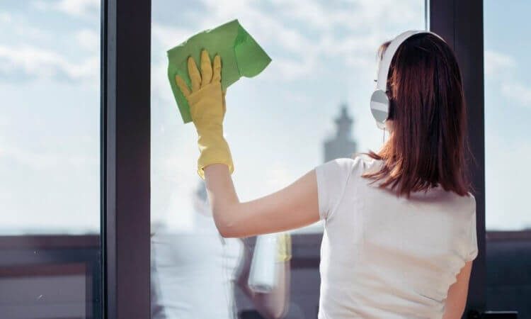 The 7 Best Microfibers For Glass: Home Cleaning Cloths