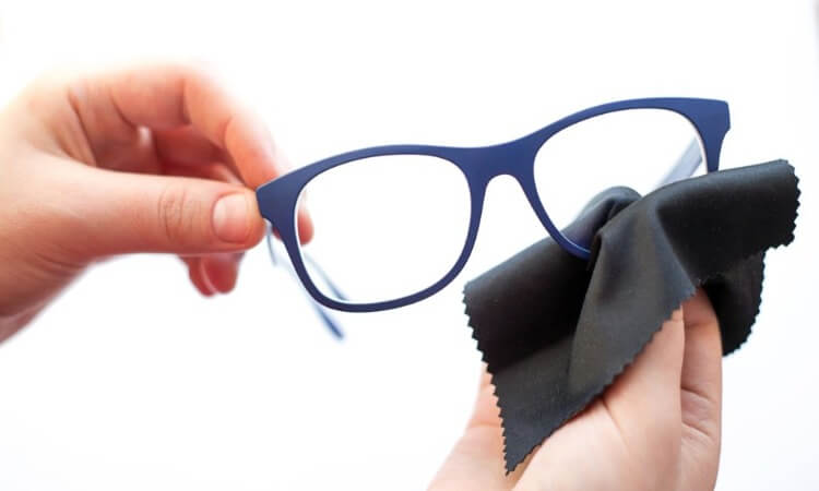 The 7 Best Microfibers For Glasses That Take Care Of Your Specs