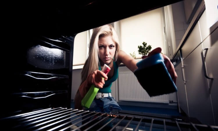 The 7 Best Oven Cleaners For Tough Stains: Cleaning Must-Haves