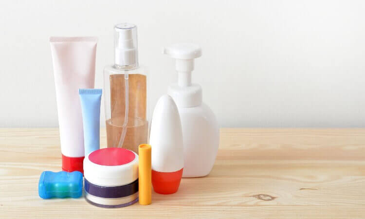 What Are Toiletries? - A Guide To Packing Them